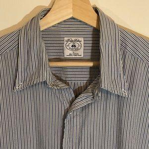 Brooks Brothers Shirts - Brooks Brothers Large Seersucker Sport Shirt